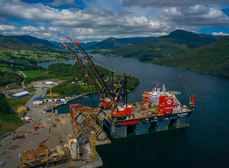 World's largest crane ship, clean power, Shell helping farmers in the Philippines- Good News Monday!