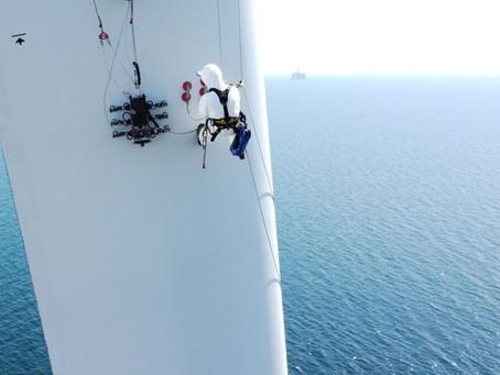 Maersk world first battery install, MARAD grants, BladeBUG turbine inspection robot