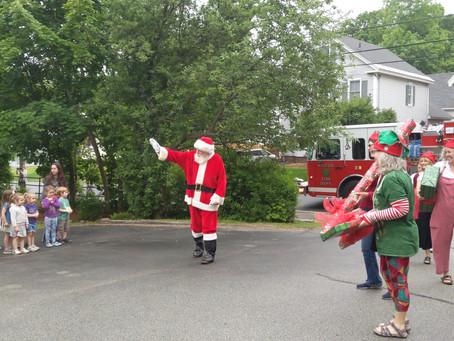 Santa Visits Tumbleweeds