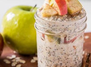 Apple-cinnamon-overnight-oats.jpg