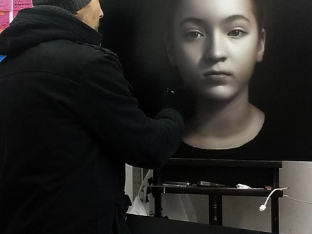 How to Commission a Portrait Oil Painting by award-winning Australian artist, Marcus Callum