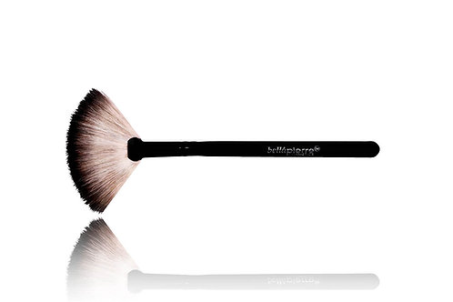 BELLAPIERRE- Fan Brush