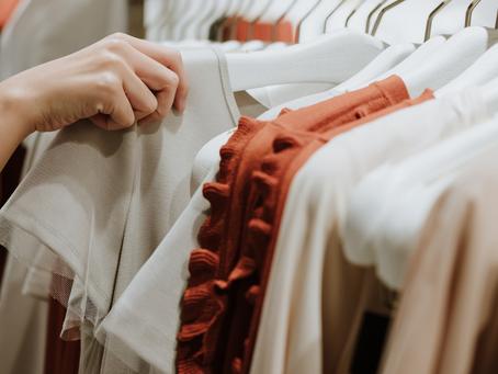 Las 20 prendas de primavera 2021 que ya tienes en el armario (y cómo renovarlas)