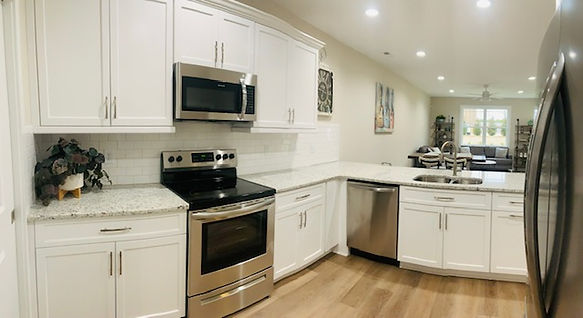 kitchen wide angle 3.jpg