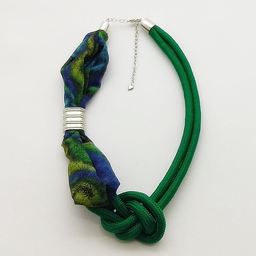 Colar Verde de Corda Náutica e Tecido - Margot