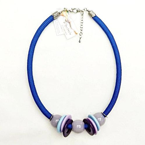 Colar em Corda Náutica Azul Royal e Resinas - GIGI