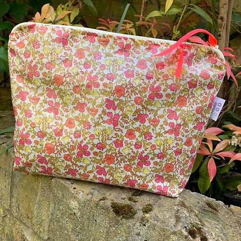 Coated Meadow Liberty Print Wash Bag New Size