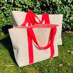 Petiotes_shopper_weekend_bag.jpg