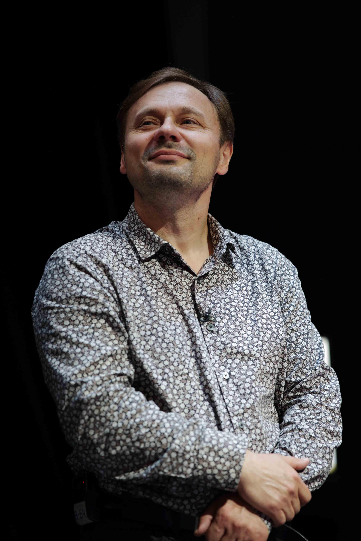 Владислав Савинкин