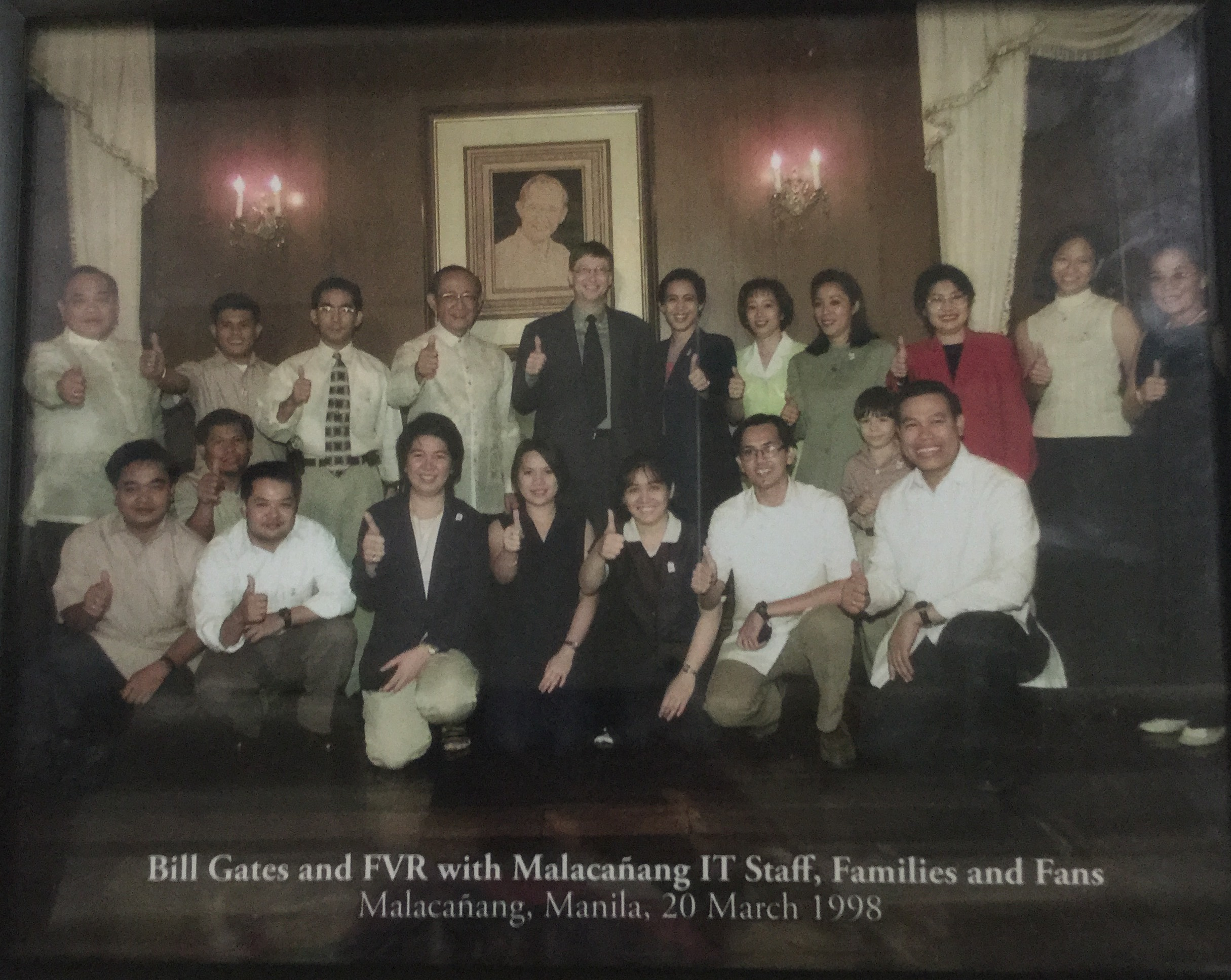 Bill Gates and FVR with IT Staff, Families and Fans