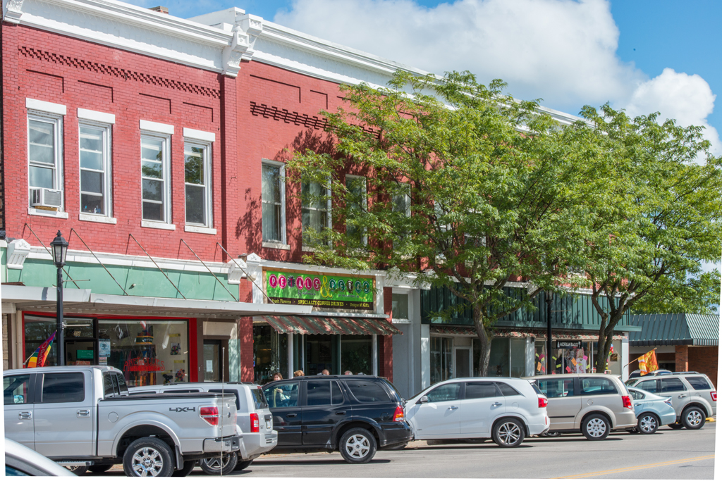 Frankfort-Shops-and-Restaurants