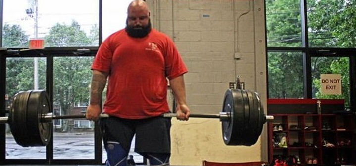 Quick Pic from yesterday's #DeadliftSundays pulling 545lbs Beltless_edited.jpg