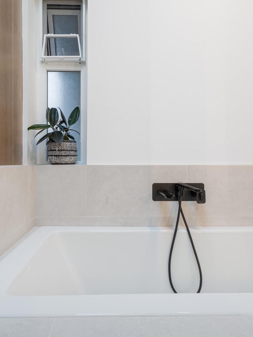 Point Grey - Master Bathroom (1)