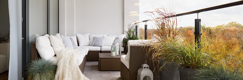 Balcony lounge furniture