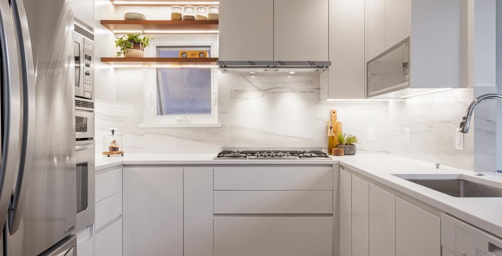 Point Grey - Kitchen (1a).jpg