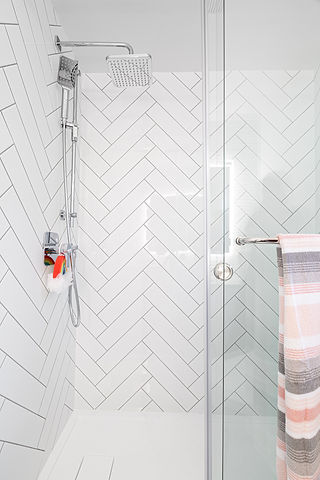 3636 W 14th Avenue - Second Bathroom (4a