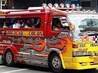 菲去不可:吉普尼jeepney(宿霧國際志工夏令營)