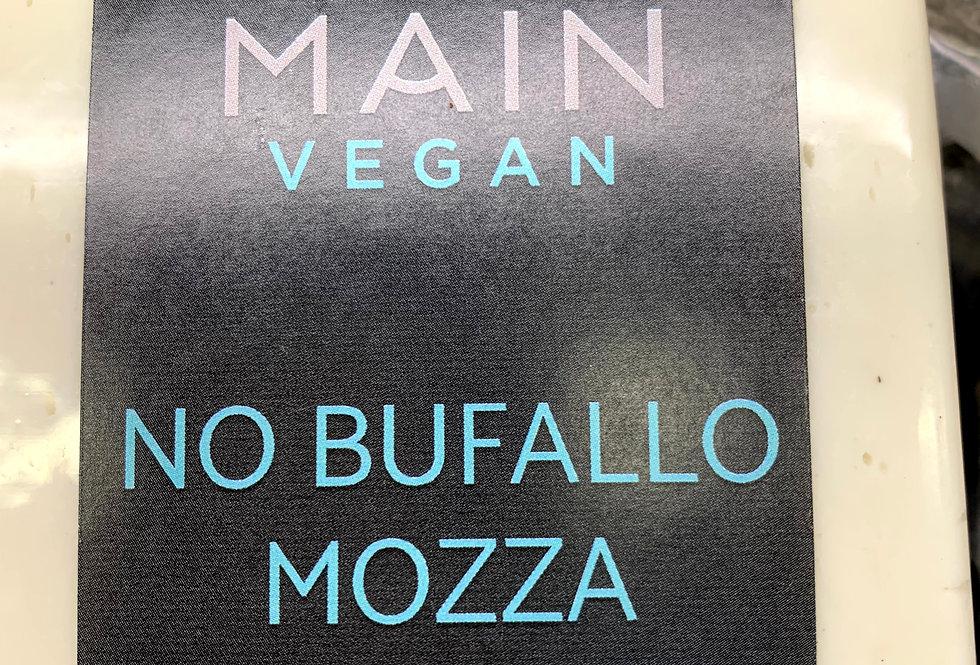 Main Vegan No Buffalo Mozza Nut cheeses