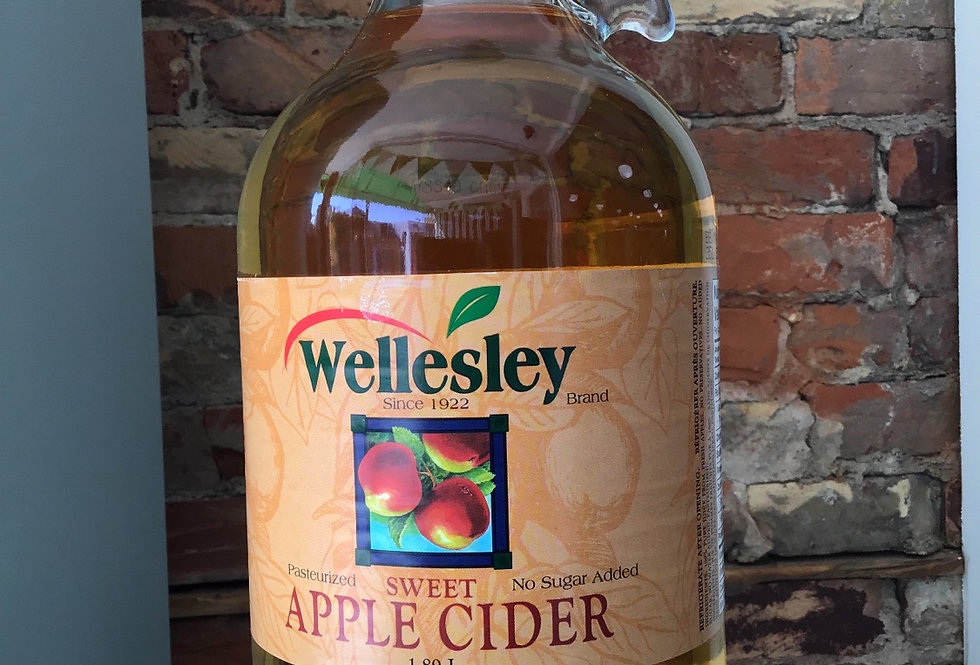 Wellesley Apple Cider - 1.89 L/ 1/2 gallon