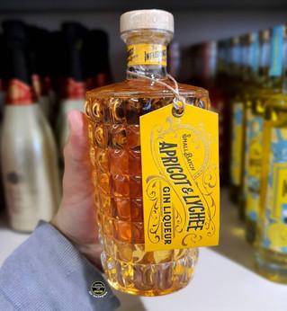 Aldi Apricot & Lychee Gin Liqueur.jpg