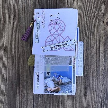 "MINI-ALBUM ""LITTLE MOMENTS & BIG MEMORIES"""