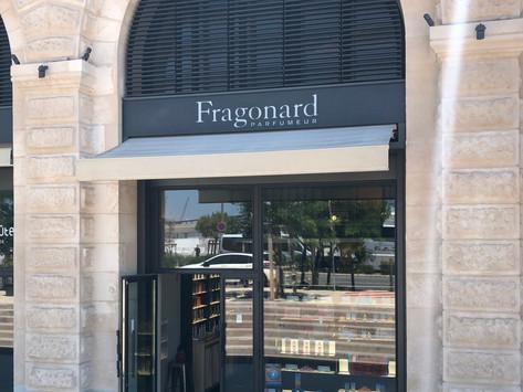 SPRAY-ON SOME FRAGONARD PERFUME