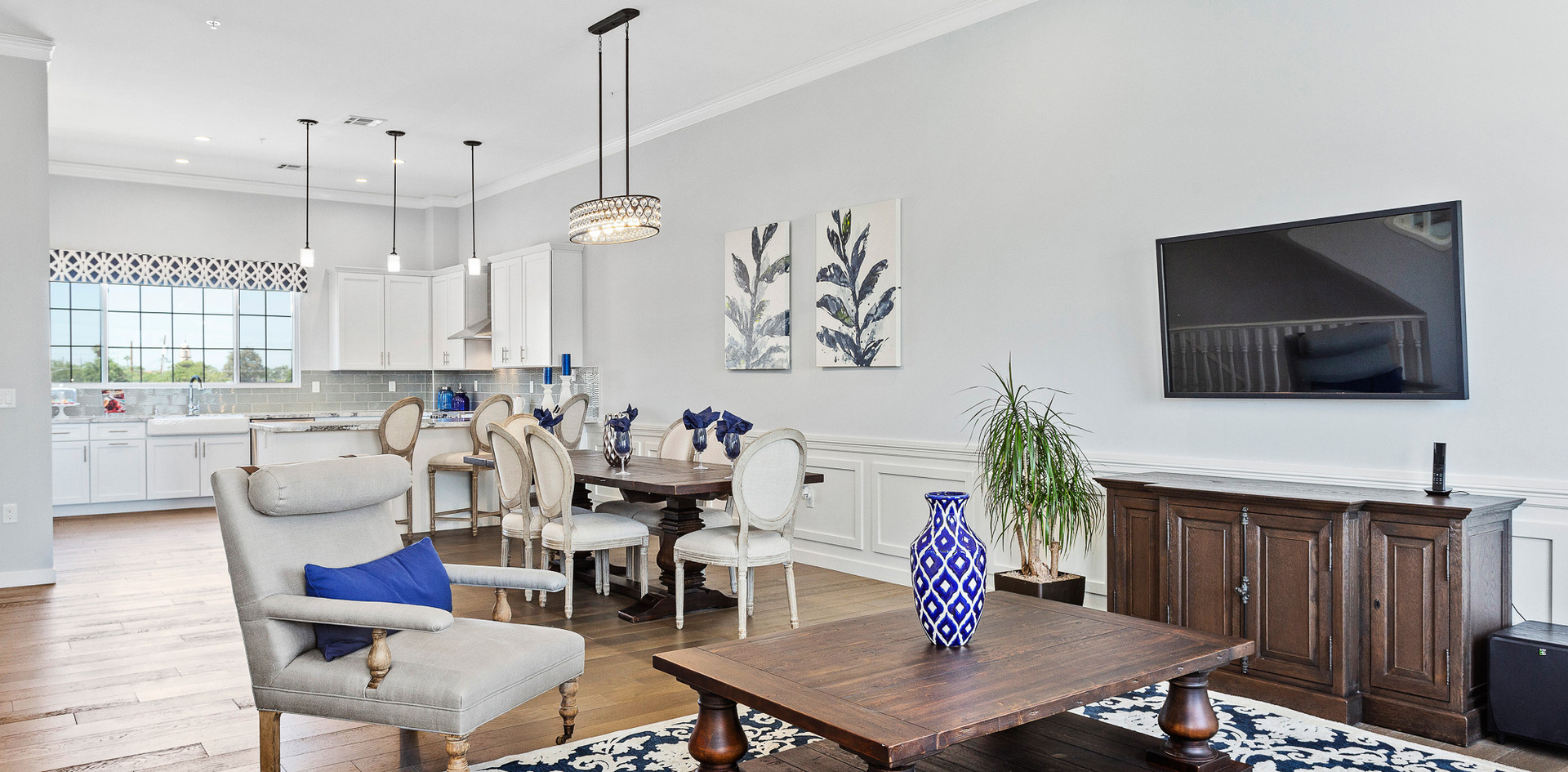 Rosedale living room and kitchen picture