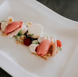 Erdbeersorbet | Joghurt | Waldmeisterbaiser