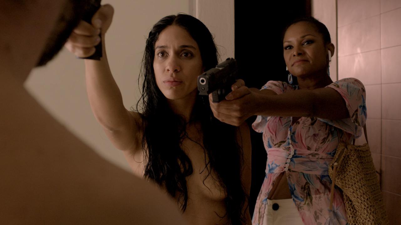 Sandra e Irma Fachada peligrosa