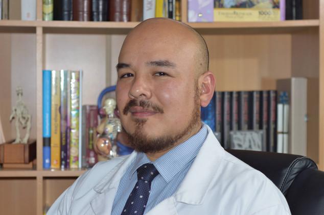 Dr. Edgar Herrera