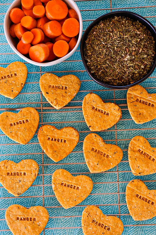 Plant-Based Personalized Dog Treats - Mint Carrot Hearts