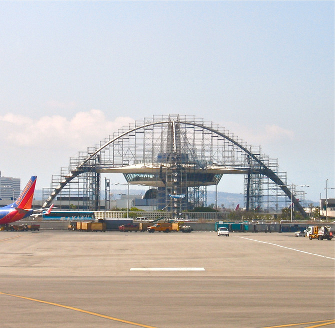 Theme Building Restoration, Los Angeles International Airport, 2008 (photo by Greg Colson)