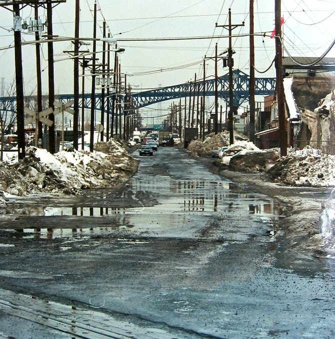 Doremus Ave., Newark, 1992 (photo by Greg Colson)