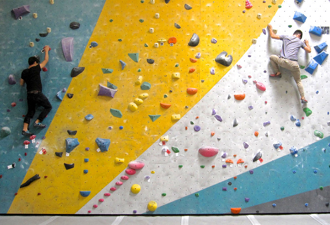 Bouldering Wall, Los Angeles, 2016 (photo by Greg Colson)
