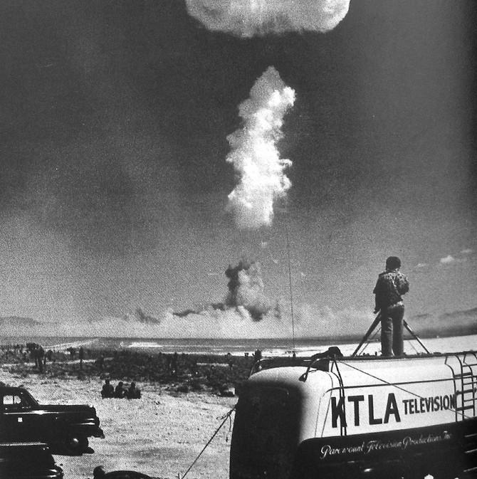 Atom Bomb Test, First Live Telecast, Nevada, 1952 (KTLA)