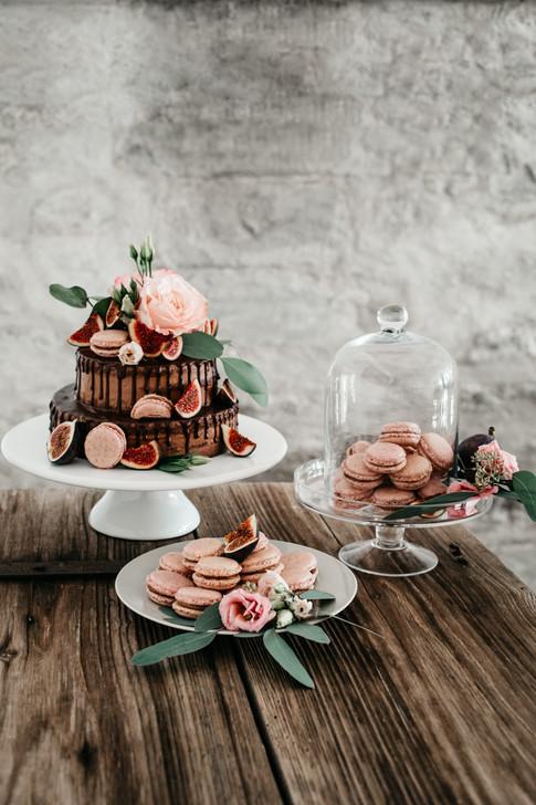give-me-a-cake-switzerland-Hochzeitstorte-Bohohochzeit-Bohohochzeitstorte-macarons-nakedcake-Seeburghof-Hochzeitslocation-Luzern