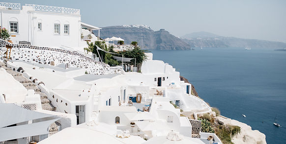 getting-married-in-Santorini-destination-wedding-Santorini-weddingphotographer-discounted-package-bucket-list