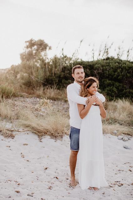 Paarshooting-Sardinien-Strandfotos-Hochzeitsfotos-Porto-Cervo-Hochzeit-im-Ausland