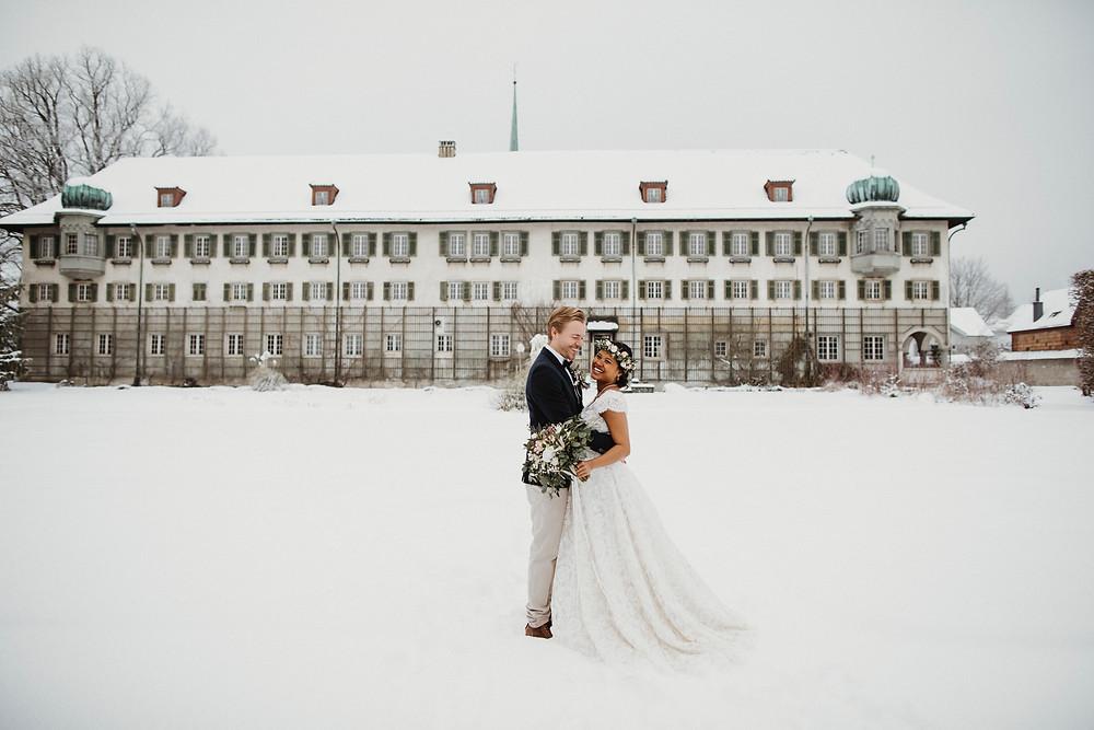 Hochzeit-feiern-im-kloster-solothurn-hochzeitsfotos-hochzeitsfeier-zivile-trauung-brautpaar-hochzeitslocation-bern-aargau-hochzeitsfotografin