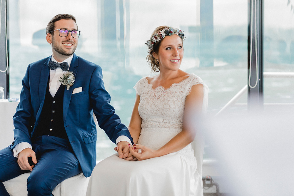 Hochzeitsfotografin-für-bohohochzeiten-freietrauung-outdoortrauung-vierwaldstättersee-schiffstrauung