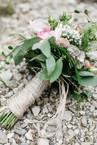 Vintage-Brautstrauss-Hochzeitsfotos-Hochzeitsfotografin-Luzern