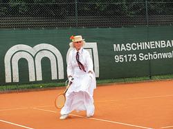 Marga Seifert ganz traditionell