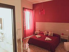 stanza rossa.jpg