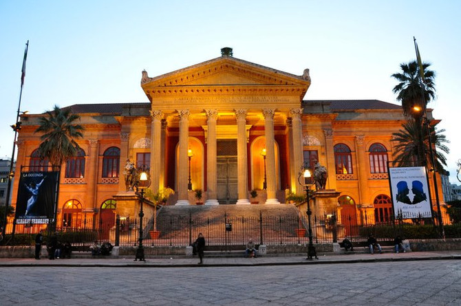 Palermo ed i suoi monumenti: Teatro Massimo