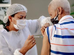 Vilhenenses com 69 e 68 anos recebem segunda dose nesta segunda-feira