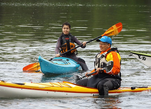 REACH youth learning to paddle