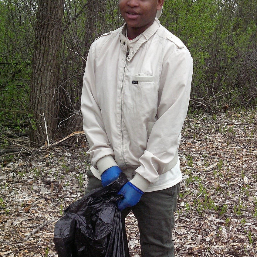 River Clean Up on Chicago River Day