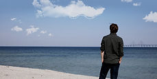 171714-architect-on-the-beach-looking-at