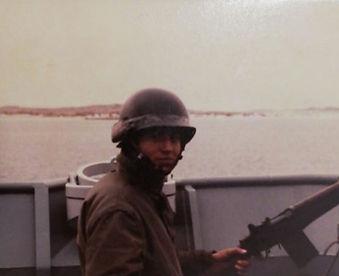 Puerto Argentino 02-04-1982.jpg