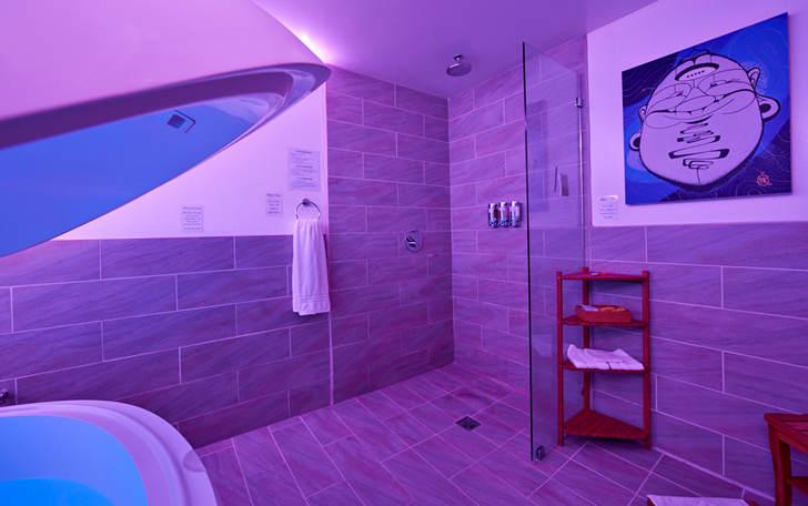 marina-float-room.jpg